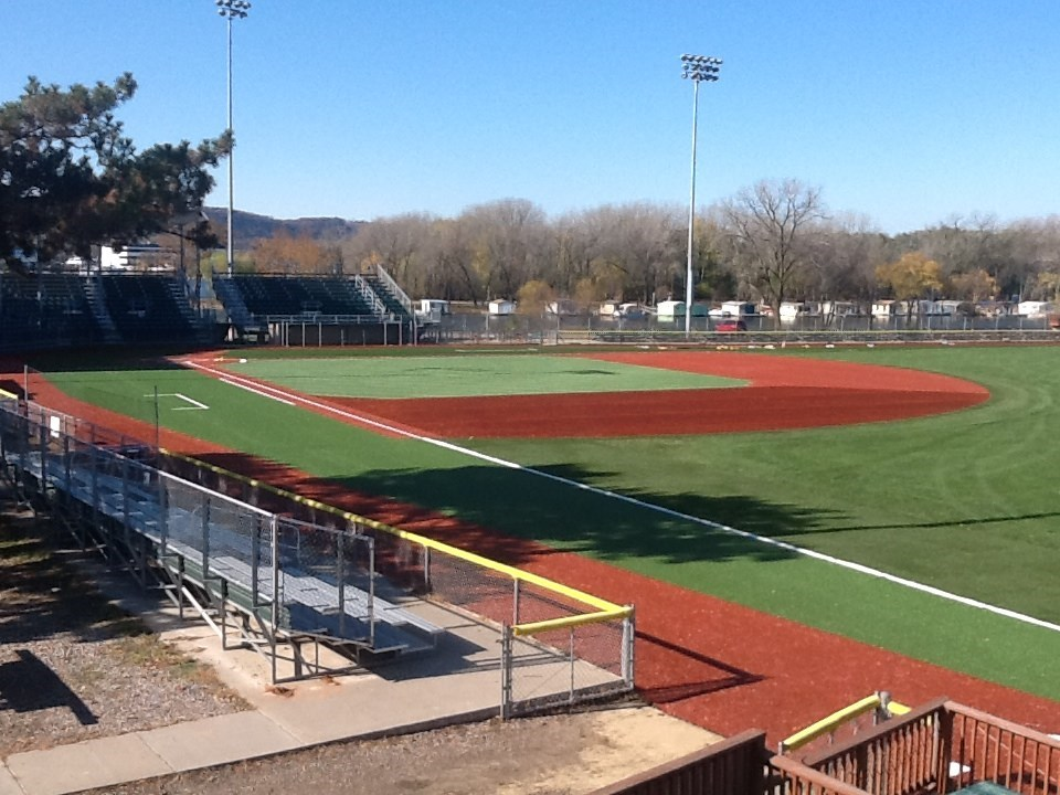 Uw La Crosse Selected To Host 2015 Ncaa Iii Baseball Midwest Regional University Of Wisconsin La Crosse Athletics